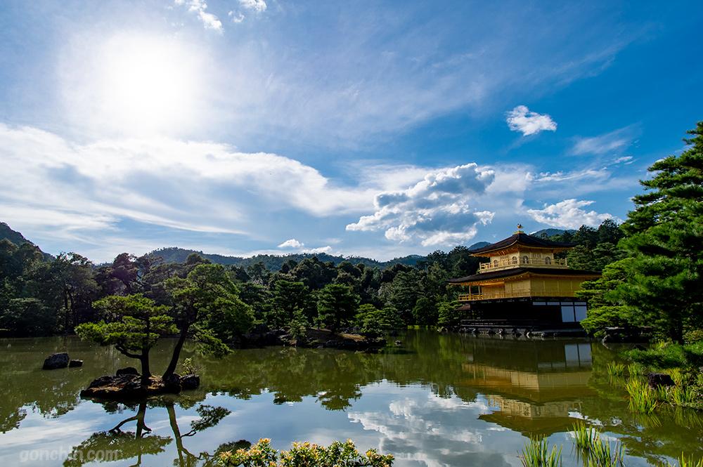 金閣寺と太陽