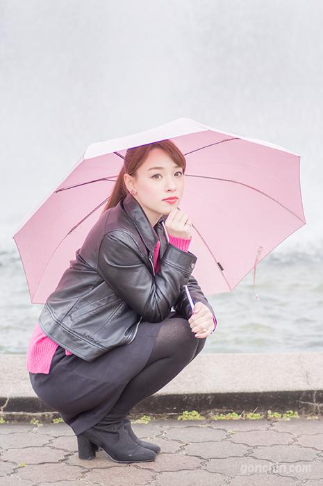エリス梨亜奈さん-雨ポートレート