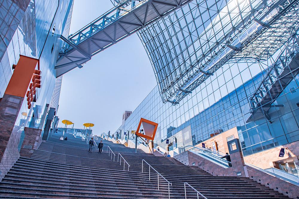 京都駅の大階段